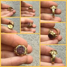 Rare ancient Roman gold and garnet intaglio ring