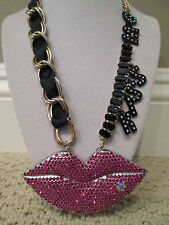 NWT Auth Betsey Johnson Film Noir HUGE Pave Pink LIPS KISS ME Statement Necklace