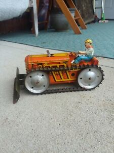 Vintage 1950's Marx Tin Litho Wind-up Tractor Great Working Condition