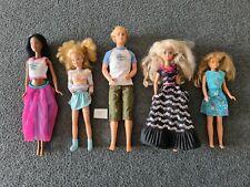 Barbie & Friends 5 originale Puppen von Mattel + Kleidung - Ältere Puppen Set 10