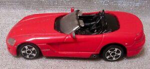 Maisto Dodge Viper Convertible 1 /43 Scale  2004