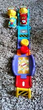 2 VTECH TOOT TOOT Racing Cars & Lanceur with Track Fun Sons & Lights Kids