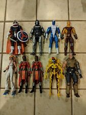 Marvel legends lot loose. All figures in pictures included. Smoke free.