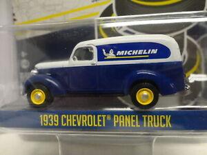 Greenlight 1939 CHEVY PANEL TRUCK Blue MICHELIN Running on Empty S5
