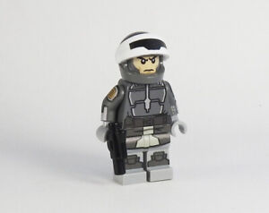 Custom Star Wars minifigures Mandalorian Police Captain on lego brand bricks