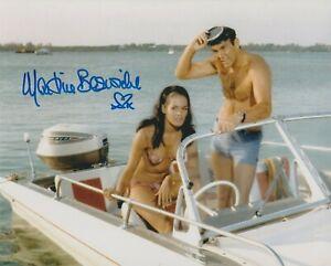 "Martine Beswick 10""x8"" photo signed in person - James Bond - Thunderball - K599"
