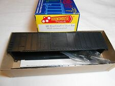HO TRAIN ROUNDHOUSE 50' COMBINATION DOOR BOXCAR KIT UNDECORATED MINT!