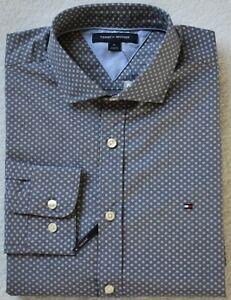 Tommy Hilfiger Men's Long Sleeve Button Down Shirt