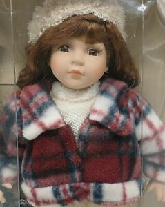 BOXED VINTAGE COLLECTOR'S CHOICE FINE BISQUE PORCELAIN LIMITED EDITION DOLL