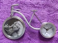 """Bicicleta Estilo Reloj y marco de foto"""