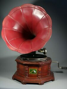 VINTAGE 20s STYLE RETRO ANTIQUE LOOK GRAMOPHONE PLAYER WITH HORN - UNTESTED