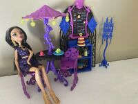 Monster High Scream and Sugar Cafe Playset with Cleo De Nile Doll EUC