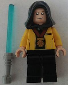 Figur aus LEGO® Star Wars™ Teilen: Luke Skywalker + Laserschwert  Torso ceremony