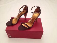 New w Box Authentic Salvatore Ferragamo Aralda Heels in Brown Women Size 8.5 US