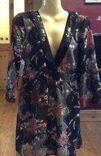 Ladies Debenhams Top Size 16 overtop floral new design