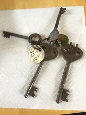 GPO-Royal Mail 4 Pillar Box & Post Box keys and Brass Key Fob Stamped GPO