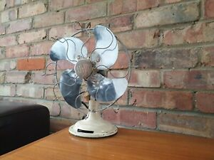 Antique / vintage small Verity Limit art deco electric desk fan
