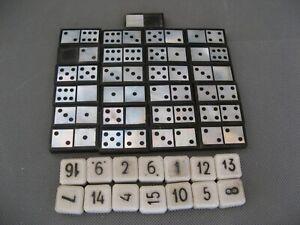 2860* jeux de domino  en bakelite et nacre plus pions ancien