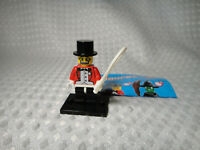 Lego Series 2 Minifigure Circus Ringmaster & Base Plate