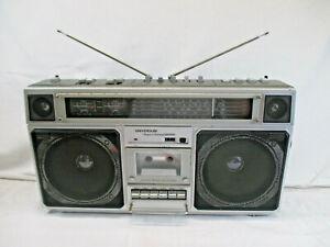 UNIVERSUM 16000 4 Band Stereo Radio Recorder HiFi Klassiker