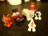 7 LEGO DUPLO FIGURES HORSE CAT 2 DOGS CHICKEN MUM & DAUGHTER NICE CONDITION