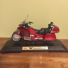 Road Legends Die Cast Gold Wing Honda Motorcycle 1:10 Scale Red Nicely Detailed