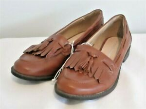 COMFORTABLE  LEATHER SHOES BRAND NEW TARGET COLLECTION FITS 6 AUS