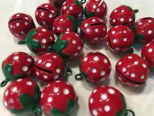 3 Schelle Schellen Glöckchen Erdbeere