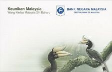 Malaysia Polymer 2011 1 & 5 Ringgit Matching number Pair AA Series in Folder Unc