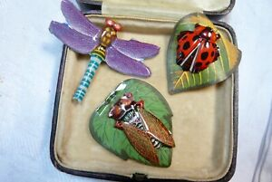 VINTAGE JEWELLERY TIN LITHOGRAPH DRAGONFLY/CICADA.BEETLE BROOCHES PINS JAPAN