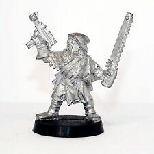 Necromunda Cawdor Leader w. autopistol & chainsword - Metal - never been painted