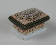 Bilston enamel patch box with Robert Adam design c1780