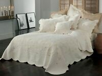 Bianca Chardae Bedspread Set Cream