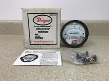 Dwyer Model 2004 Magnehelic Pressure Gage NEW