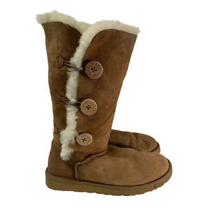 UGG Australia Womens Brown 1873 Triple Button Shearling Suede Snow Boots Size 9