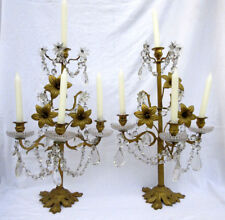 2 girandoles Napoléon III, bronze, pampilles cristal, fleurs de lys: 4 bougeoirs