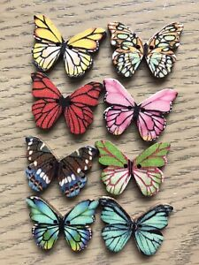 8 Butterfly Buttons 27 mm - Wooden, Craft, Embellishment, Sewing, Scrapbooking