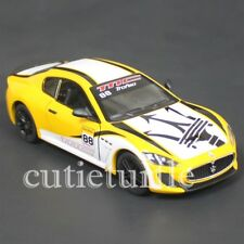 Kinsmart Maserati Gran Turismo MC Stradale 1:38 KT5395DF Racing #88 Yellow