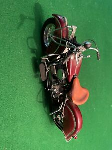 Franklin Mint - 1942 Indian 442 Motorcycle - 1/10 Scale