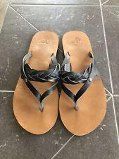Womens Roxy Flip Flop Sandals Size 9 Black Leather Brown Sole