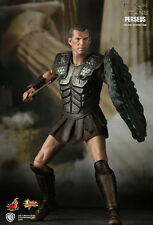 HOT TOYS MMS122 CLASH OF THE TITANS: PERSEUS COLLECTIBLE FIGURE *DAMAGED PIECE