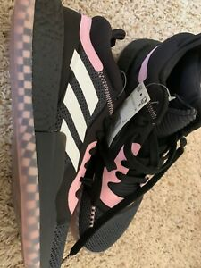 Adidas Marquee Boost Low Size 10 1/2 EE6858 NEW Black & Pink Basketball