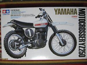 TAMIYA 1/6 YAMAHA MOTOCROSSER YZ250 BIG SCALE SERIES NO.36 RARE!! NEW