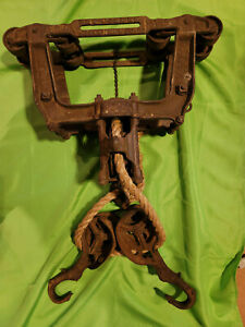 HAY TROLLEY GOSHEN TIMBER WITH COMPLETE PROPER SLING SET PULLEY BARN