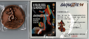 Medalla y Pin Barnafil 1994 Futbol IX Feria del sello y la moneda Barcelona