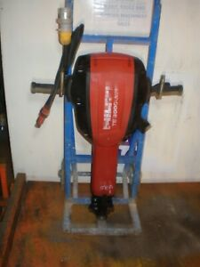 HILTI TE3000 AVR DEMOLITION ROAD CONCRETE BREAKER 110v TROLLEY VAT INCL SRA1
