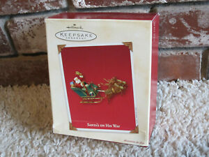 Hallmark Keepsake Ornament - Santa's On His Way - 2003