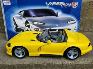 Anson Dodge Viper RT/10 Yellow Coupe 1:12 Scale Diecast Model Car 30318