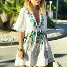 NWT ZARA Ecru Embroidered  Dress with V - Neck  Embroidery SIZE L Ref.0881/141