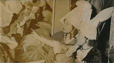 PARIS 1955 - Jeunes Femmes Coiffes Costumes Traditionnels Normands - PR 857